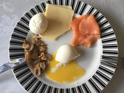19-apr-2016-breakfast